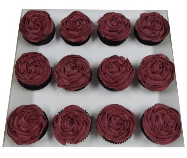 12 Classic Cupcake Roses