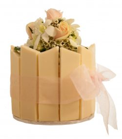 Fresh Floral Wedding Gateaux