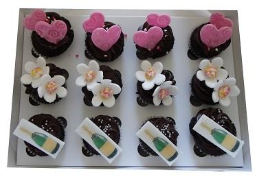 Mini Hens Night Cupcakes