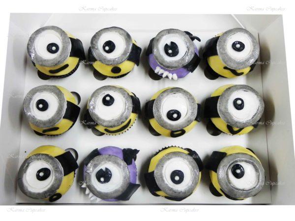 Minion 3D Cupcakes