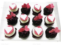 Love Heart Red Velvet and Chocolate mud cupcakes