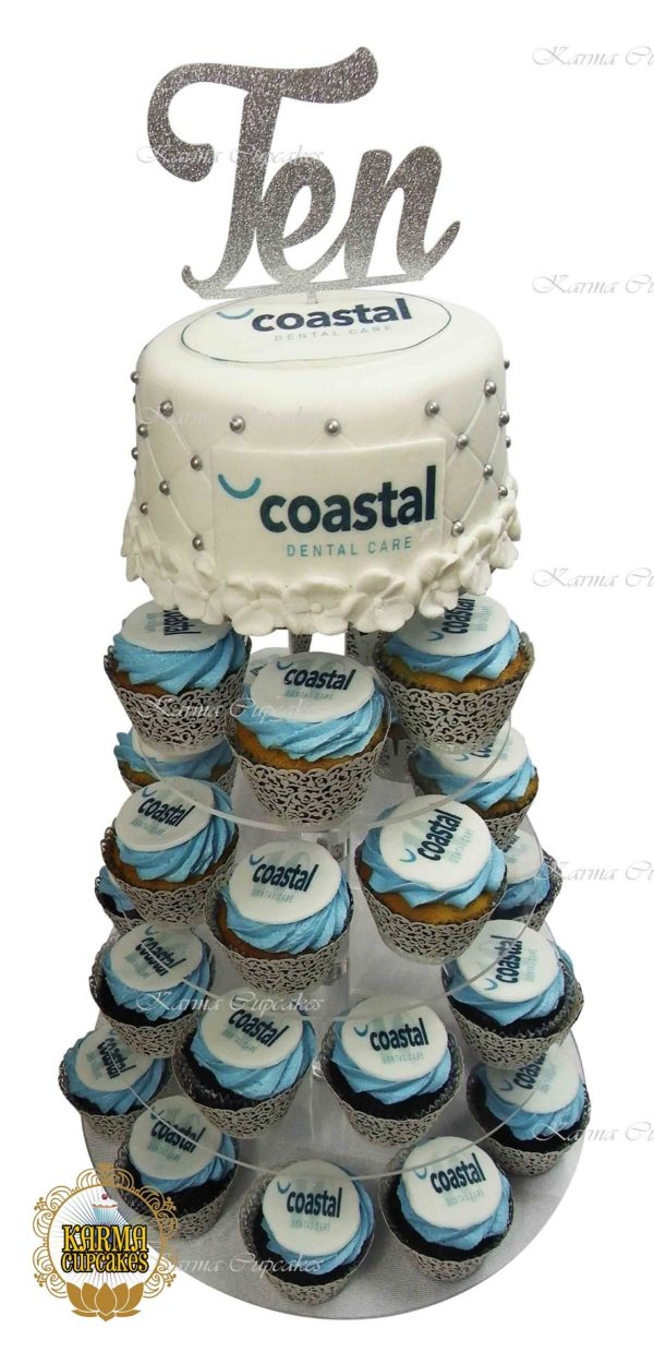 """Fondant iced 6"""" top tier cake for cupcake tower"""