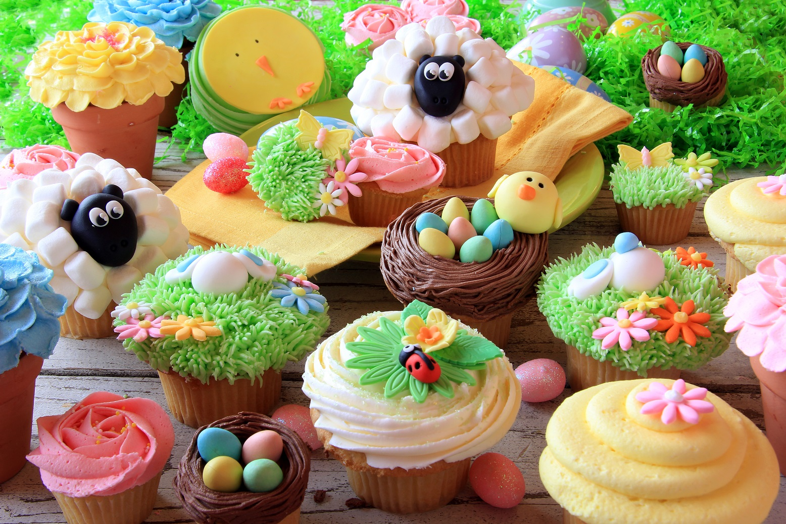 Children and Novelty cupcakes