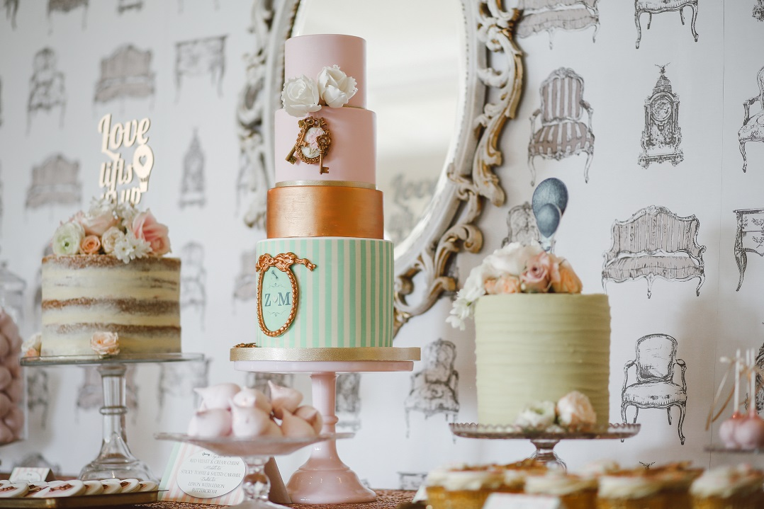 Custom Made Cakes - Two (2) business days notice required