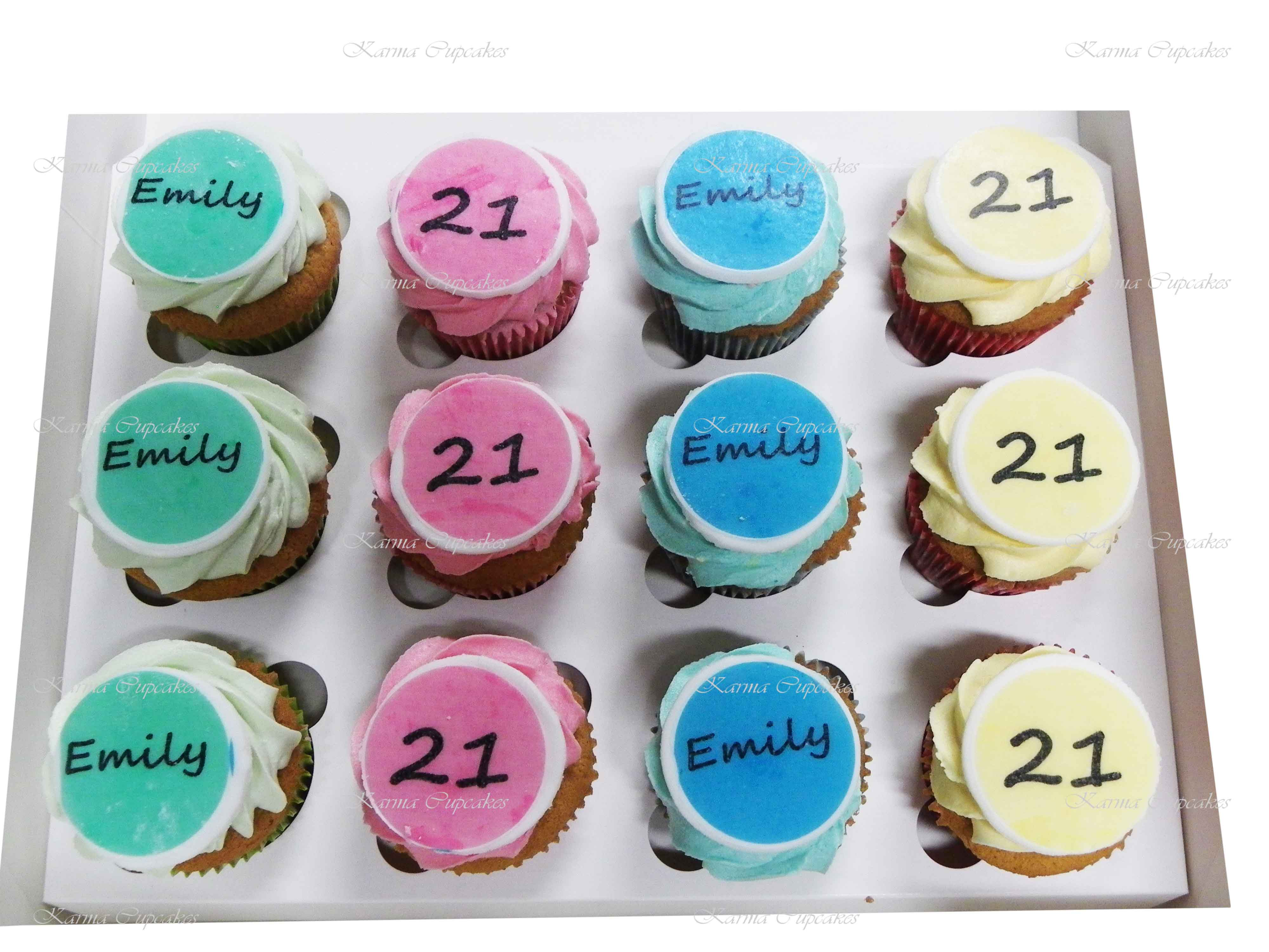 21st Birthday Cupcakes with Edible Name Plagues