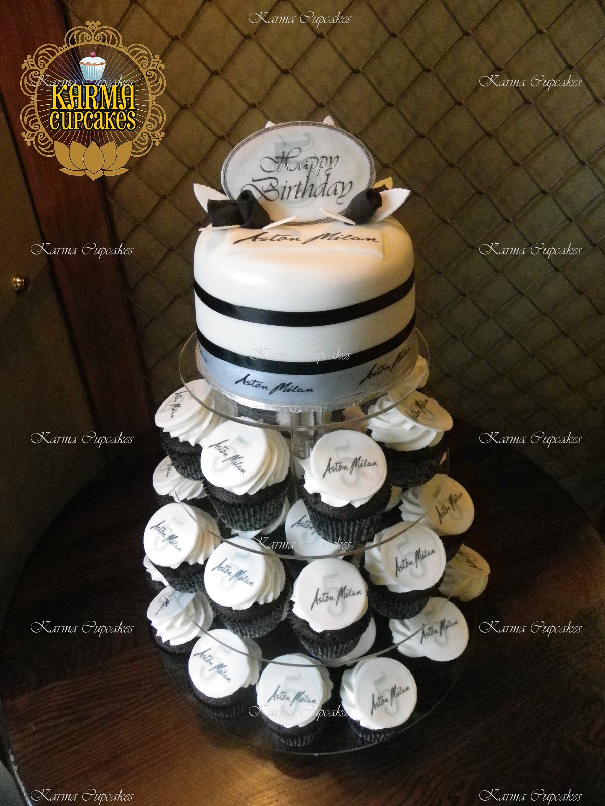 """Corporate 6"""" Cake with Cupcake Tower"""