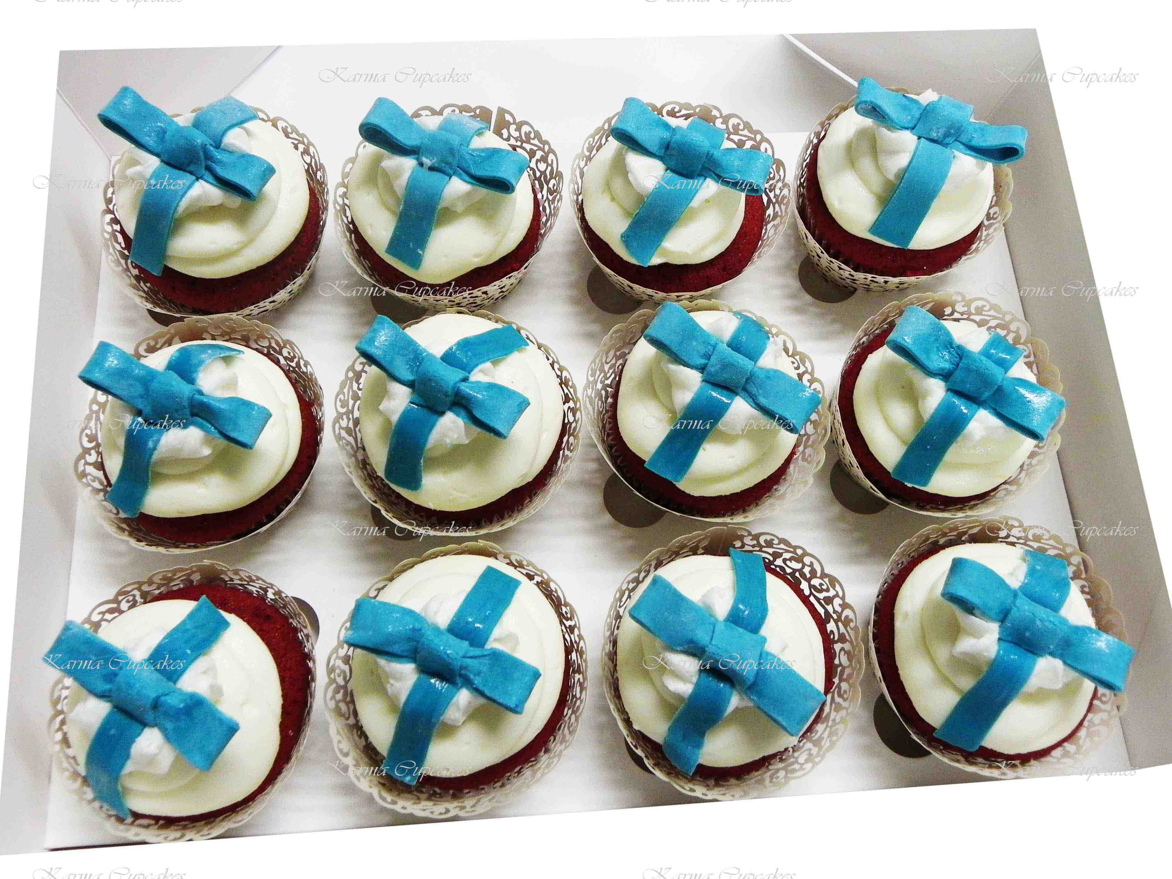 Birthday Cupcakes with Bows - choose your colour