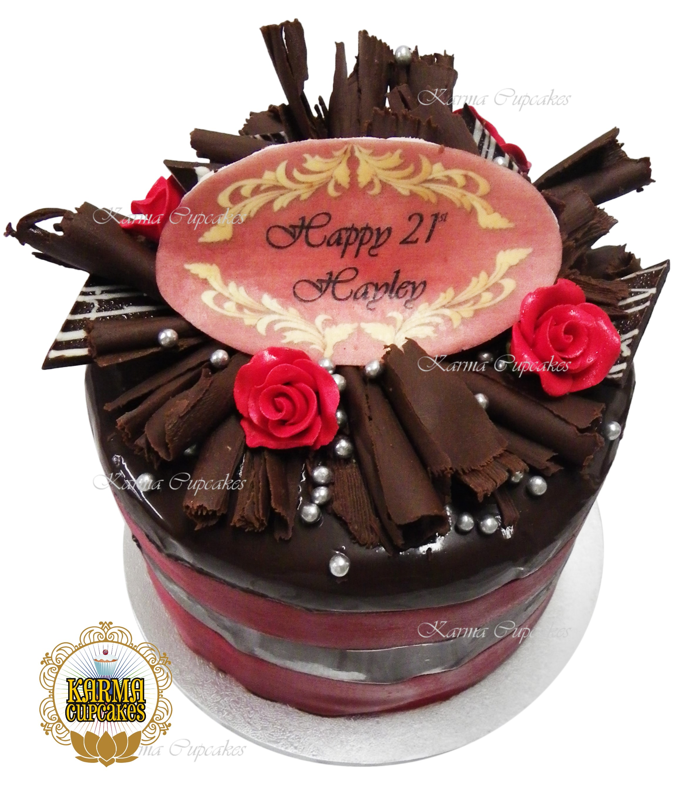 Ganach Iced Cake with Sugar Red Roses
