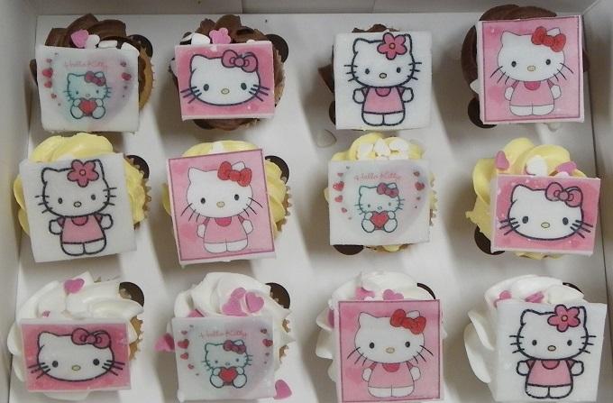 Mini Hello Kitty Cupcakes