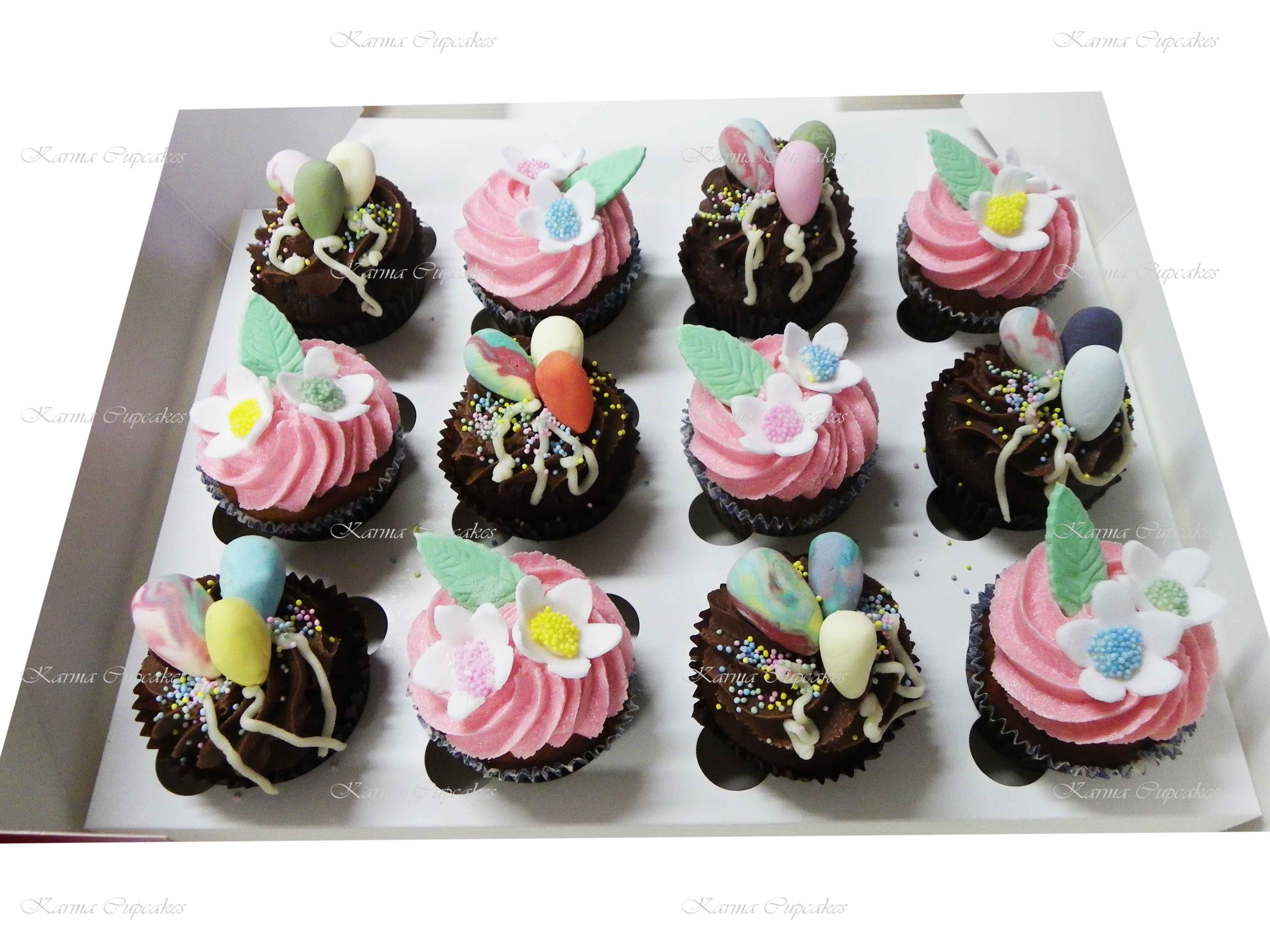 Birthday Cupcakes with Edible Balloons and Handmade Flowers