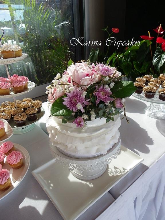 Floral wedding ruffle cake