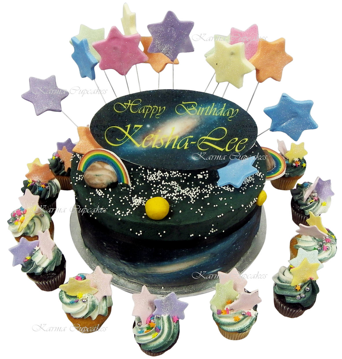 Kids star cake with matching star cupcakes copy