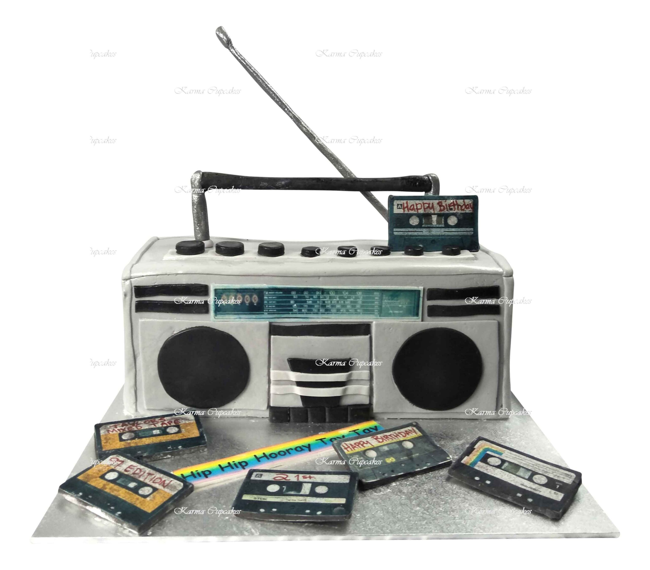 radio-boombox-stereo-cassettes-edible-3D-(2)