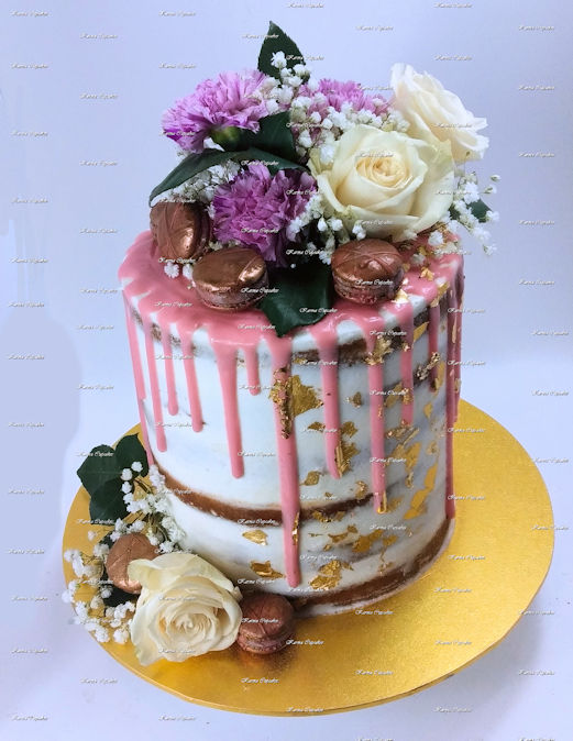 naked drip cake with flowers 6 layer (3 cakes serves up to 36) Macaroons extra small